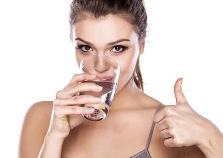 5 thời điểm vàng để uống nước vừa cung cấp đủ lượng nước cho cơ thể vừa ngăn chặn sự hình thành cục máu đông
