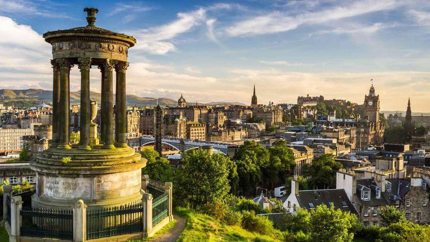 Du Lịch Anh – Scotland: London – Manchester – Edinburgh 8 Ngày