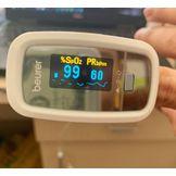 Máy đo nồng độ oxy trong máu và nhịp tim SpO2 Beurer PO30