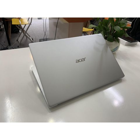 Acer Swift 3 FS314-42 Series  ( AMD Ryzen 7-4700U | RAM 8GB | SSD M.2 Nvme 512GB | 14″ FHD IPS 1920x1080 | Card On AMD Radeon RX Vega 7 )