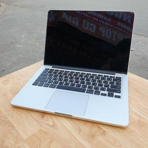 Macbook Pro Retina ME865 - Core I5 2.4Ghz / Ram 8G / Ssd 256G / 13.3' Retina / Máy Đẹp .