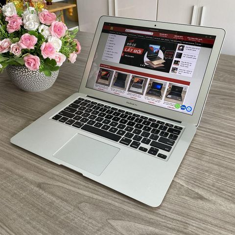 Macbook Air 2017 - MQD32 - Core I5 / Ram 8G / SSD 128G / 13.3 Inch / Đẹp 97%