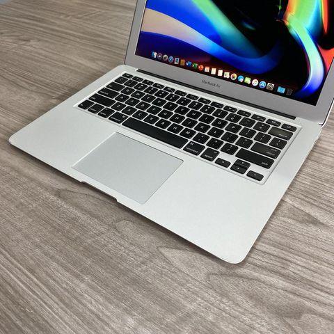Macbook Air MD760b ( 2014 ) - Core i5 / Ram 4G / SSD 128G / 13 Inch / Pin 6H / Đẹp 97%