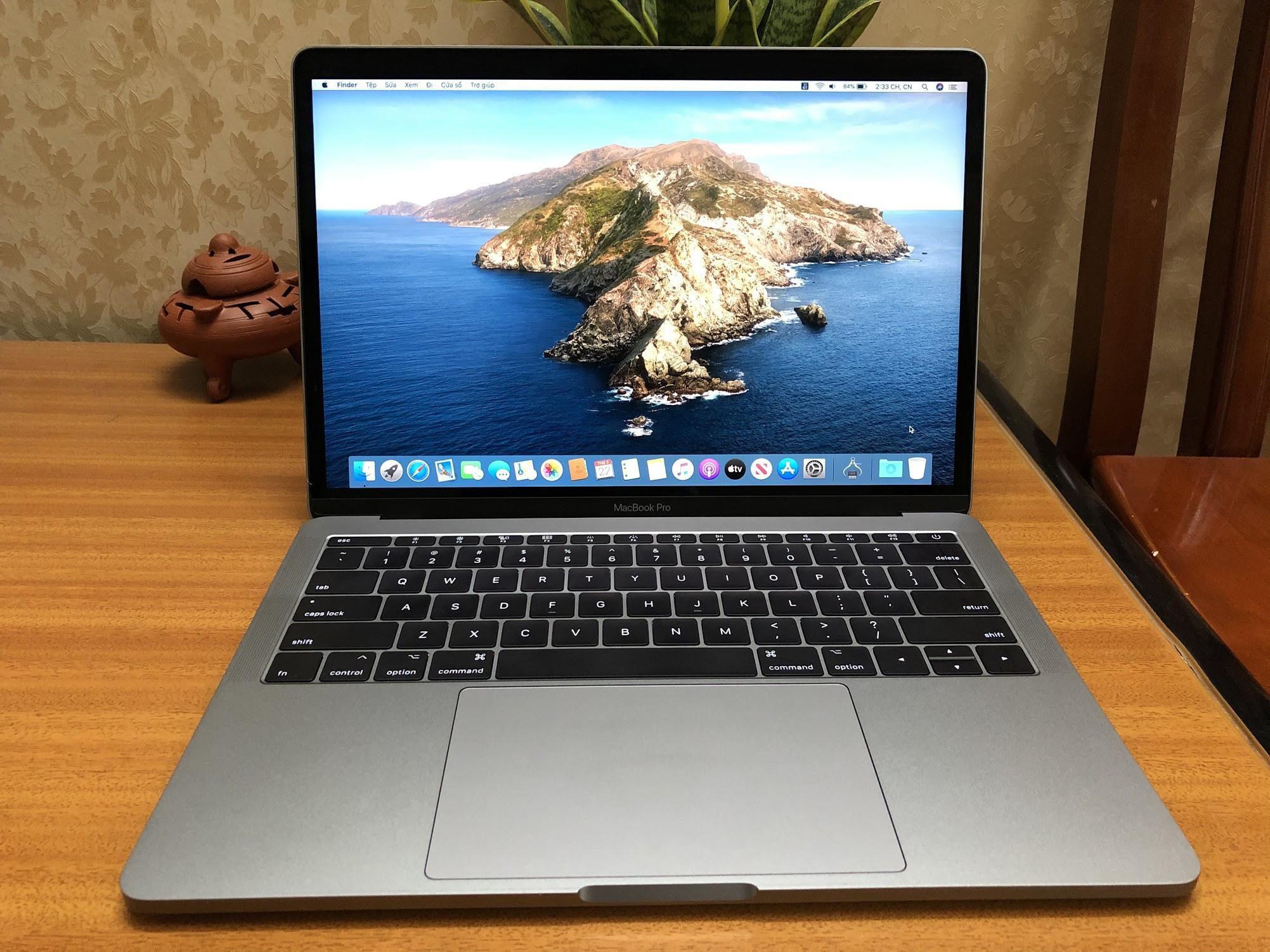Macbook Pro 2017 13inch, Core I5/16GB/128GB